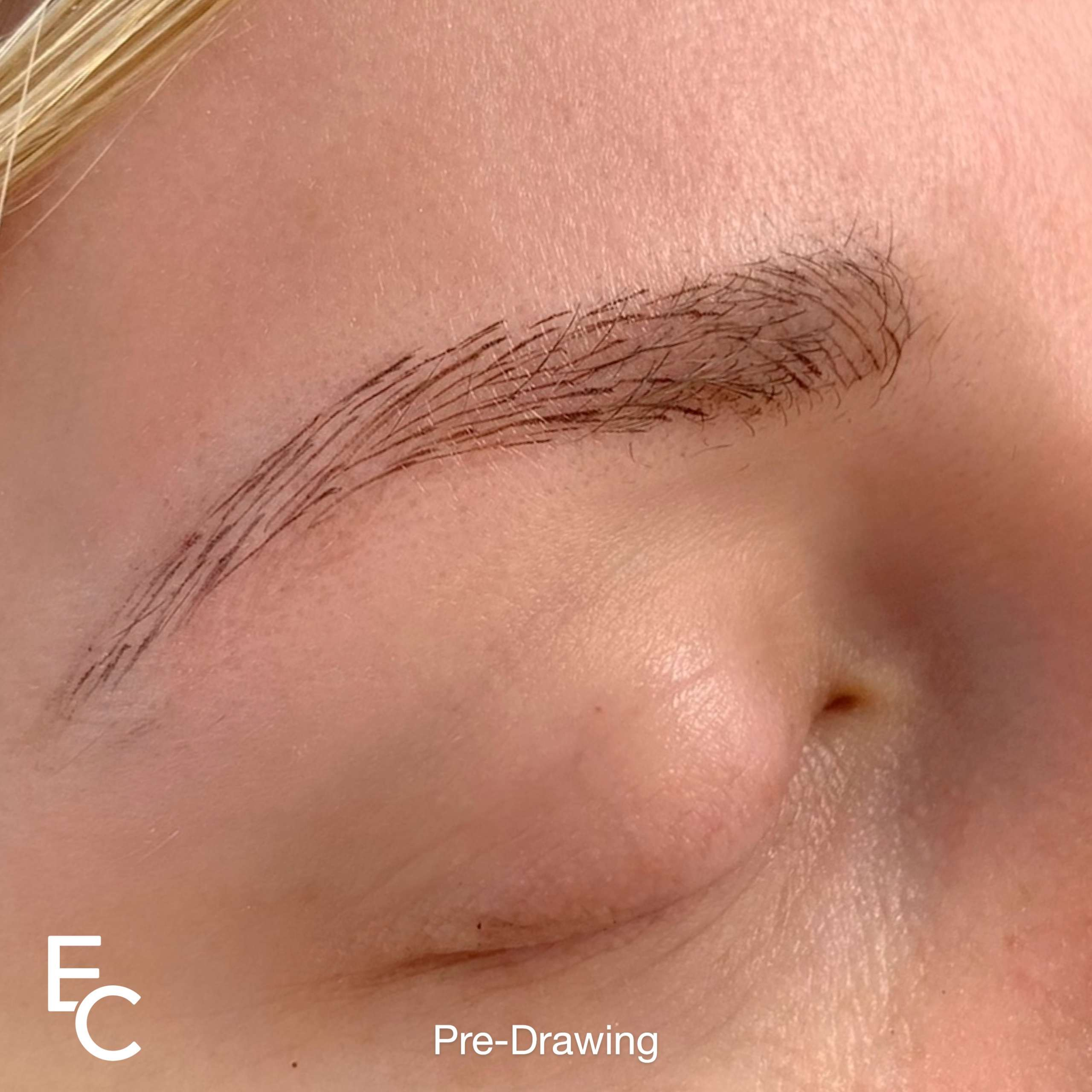 Eyebrow tattooing Pre drawing the shape